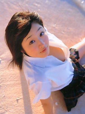 Cute little gravure idol hottie in an adorable bo peep costume